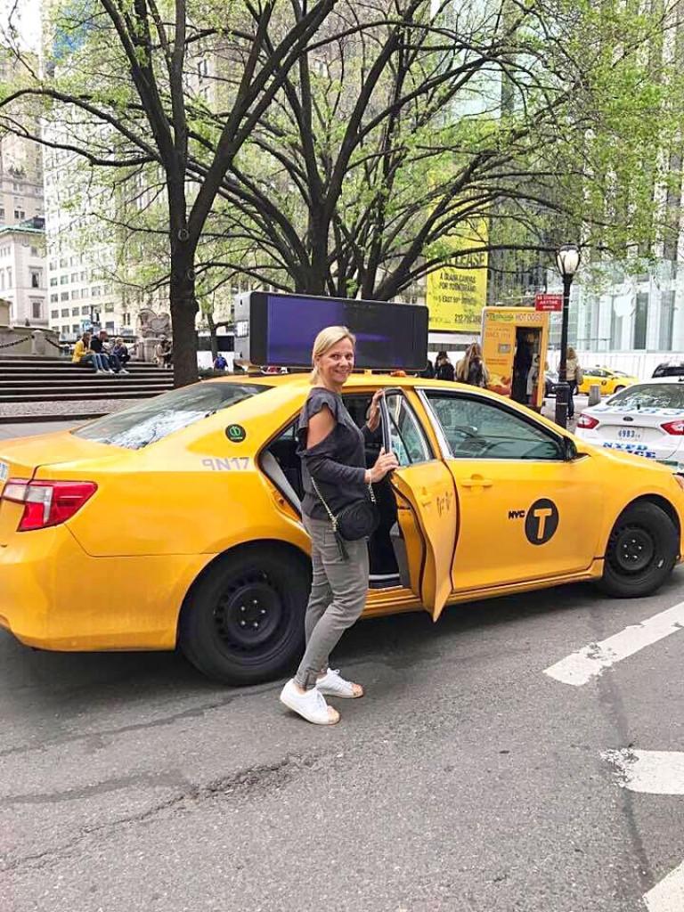 Hail that cab!