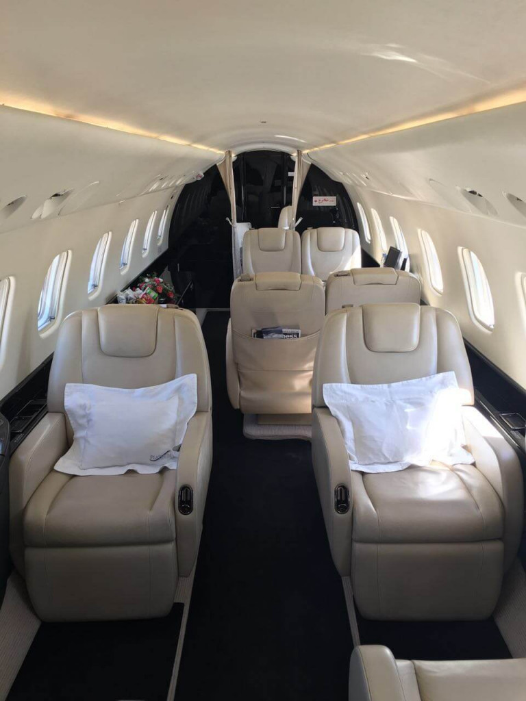 Legacy 650 cabin