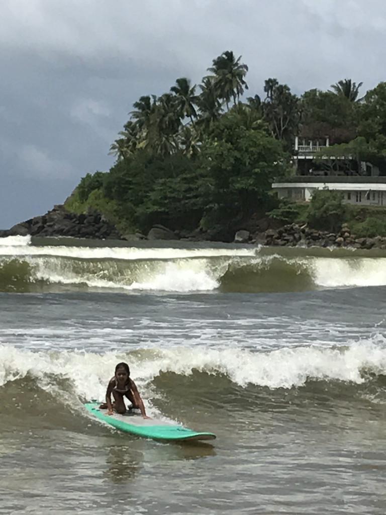 Amara surfing