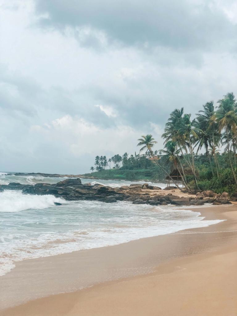 Anantara Peace Haven raw beach