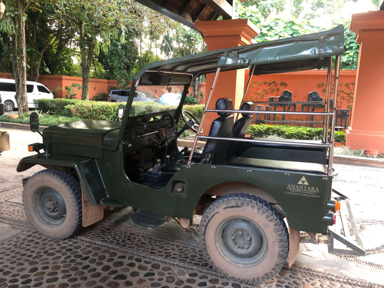 Anantara Golden Triangle Car to the elephant camp