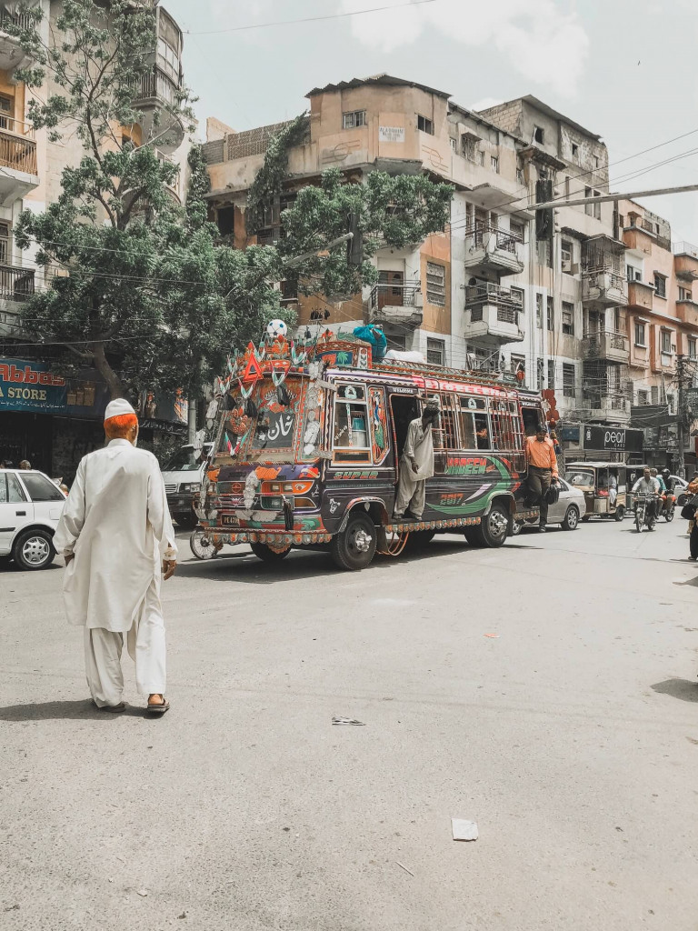 Hop on Hop off, Karachi