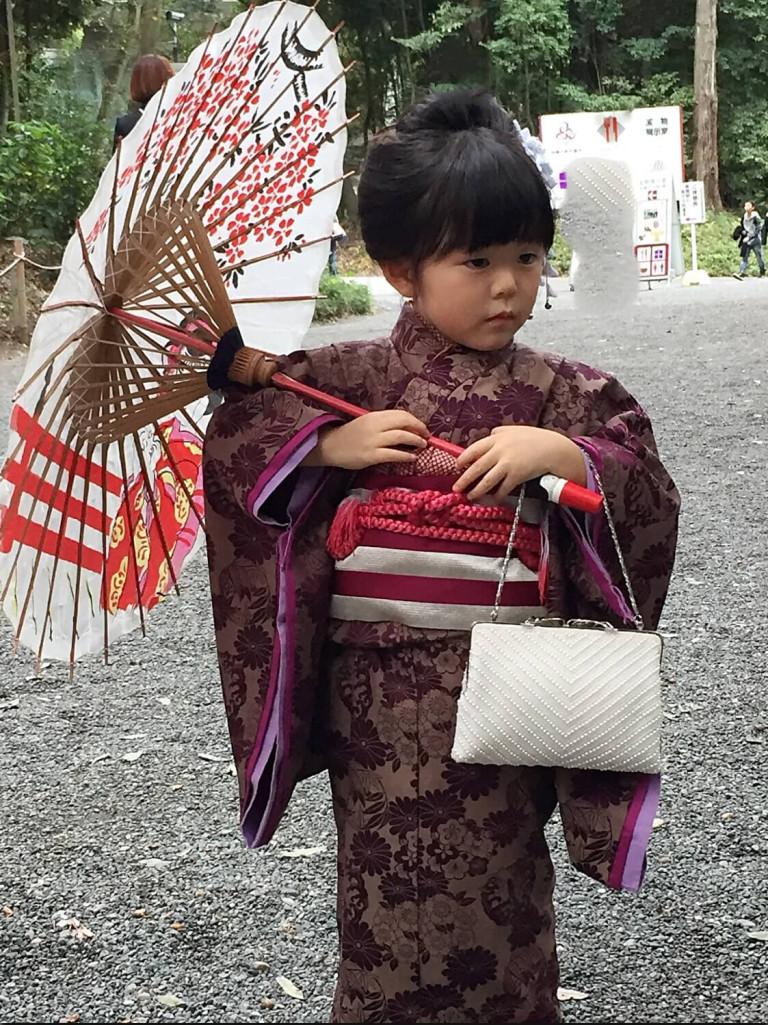 LIttle girl dressed up as a geisha