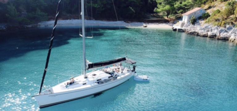Lead sailing