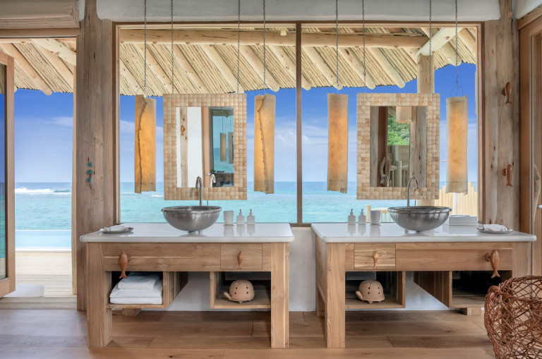 SFR 1BR Water Retreat Bathroom by Sandro Bruecklmeier