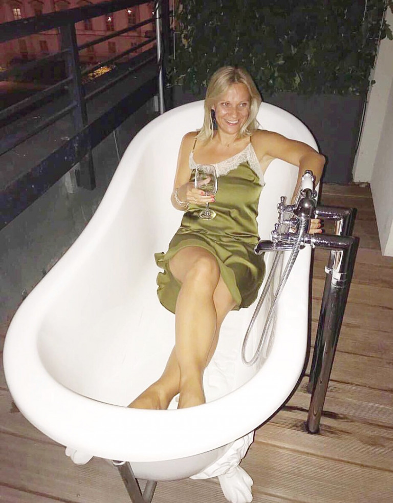 Baths on the balcony