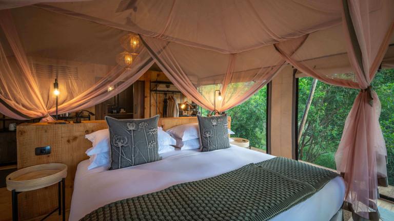 Magashi Bedroom