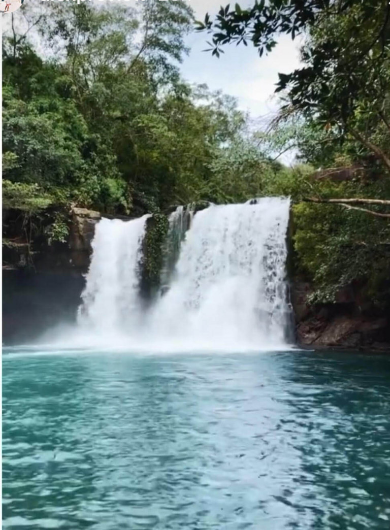 Island waterfalls