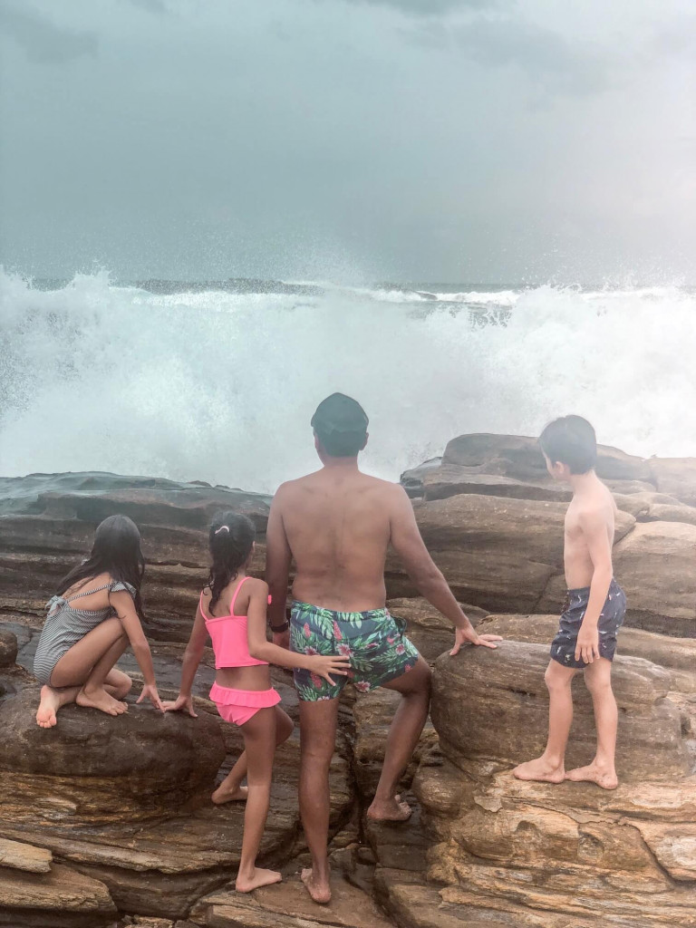 Waves as big as the rocks